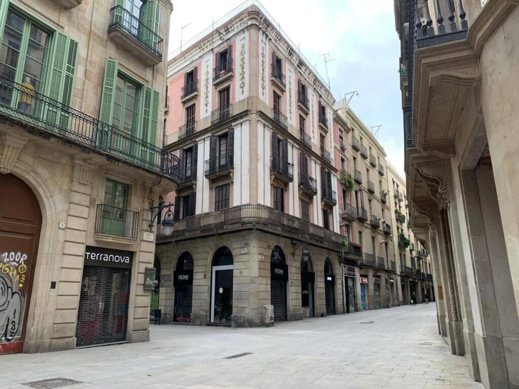 Calles de Barcelona vacías durante la cuarentena por el coronavirus.