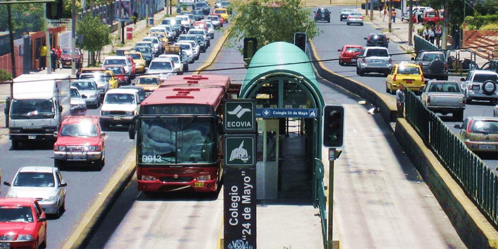 Buses de tránsito rápido (BRT): Priorizando el transporte público